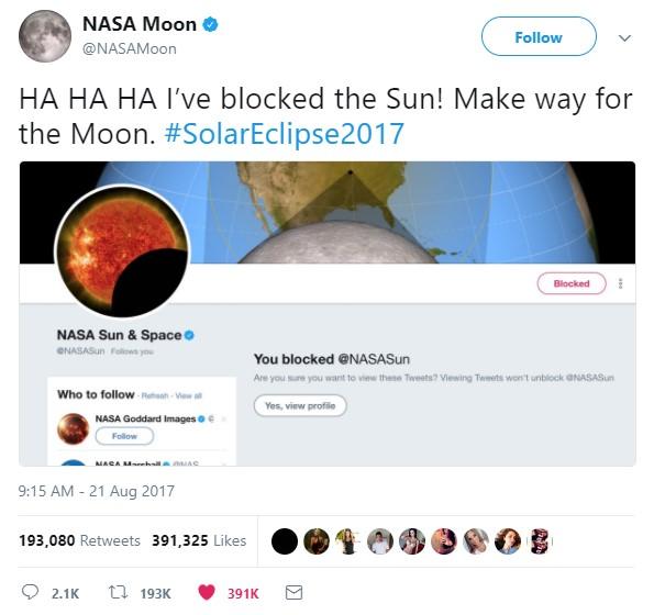 moon blocks sun