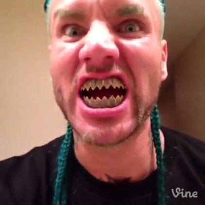 riff-raff-aquaberry-shark-teeth-paul-wall-2014